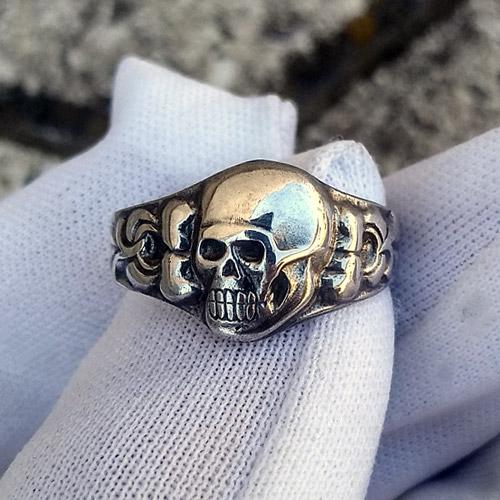 Death Head Nazi Ring Skull and Crossbones German Ring