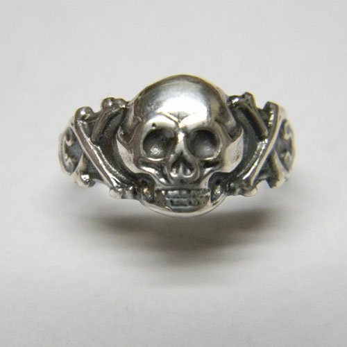 German Skull Ring Nazi Skull Ring - The Crossbones