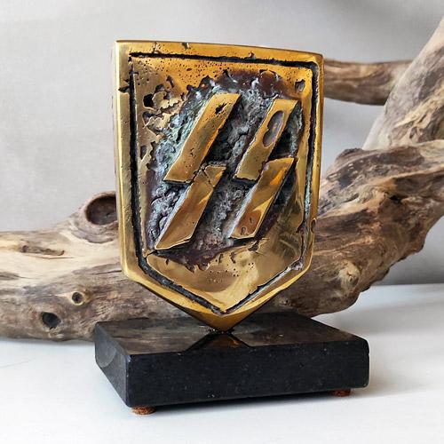 Waffen SS Schutzstaffel Shield Statuette Desk Ornament Bronze 12cm